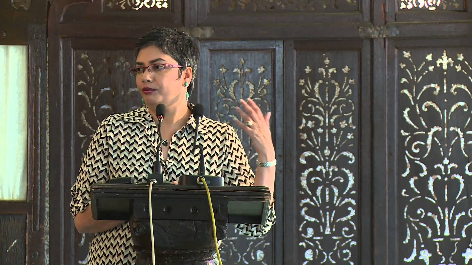Anusha Chari recognized for Scholarship on the Global Economy